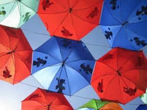 1-umbrellas-205386_1280