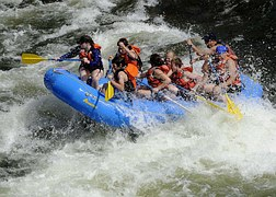 rafting-695318__180